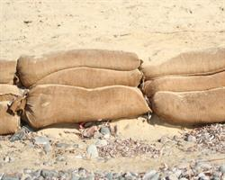 Sandbags-clipper
